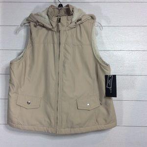 NWT Sonoma Fleece Lined Vest w/ Detachable Hood